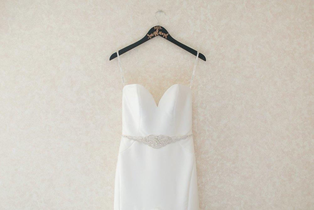 Michelle_Joy_Mint_Navy_Ohio_Wedding_1.jpg