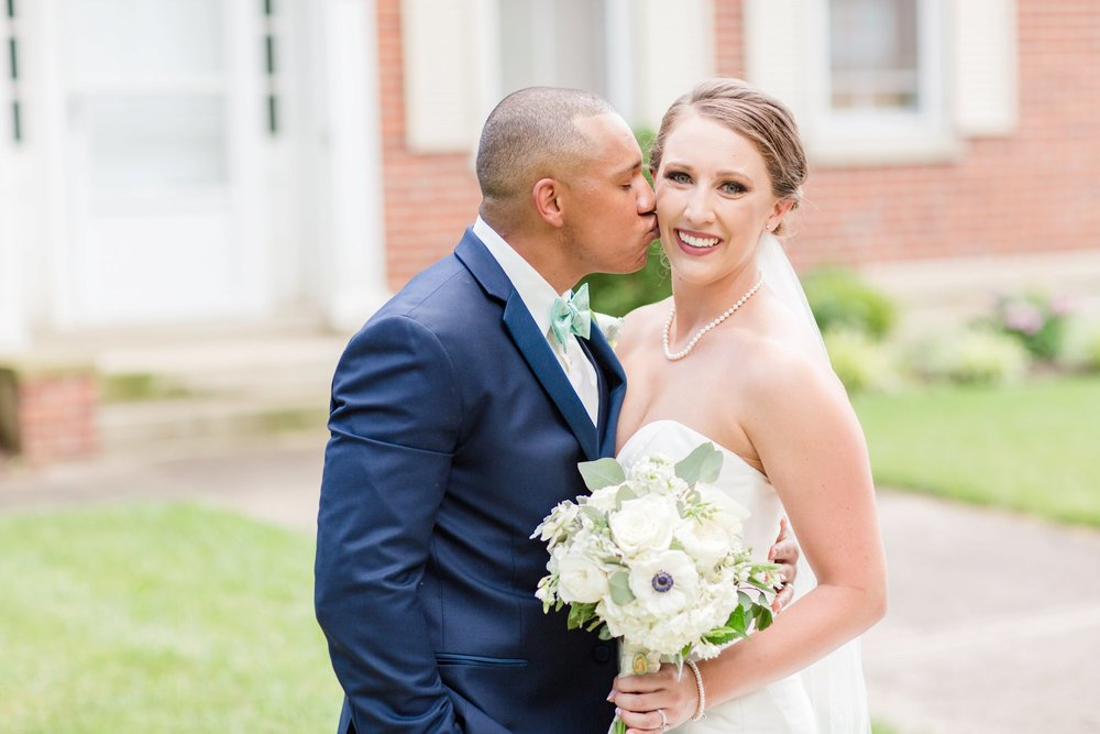 Michelle_Joy_Mint_Navy_Ohio_Wedding_17.jpg