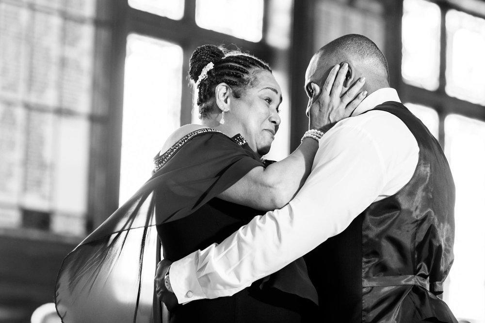 Michelle_Joy_Mint_Navy_Ohio_Wedding_41.jpg