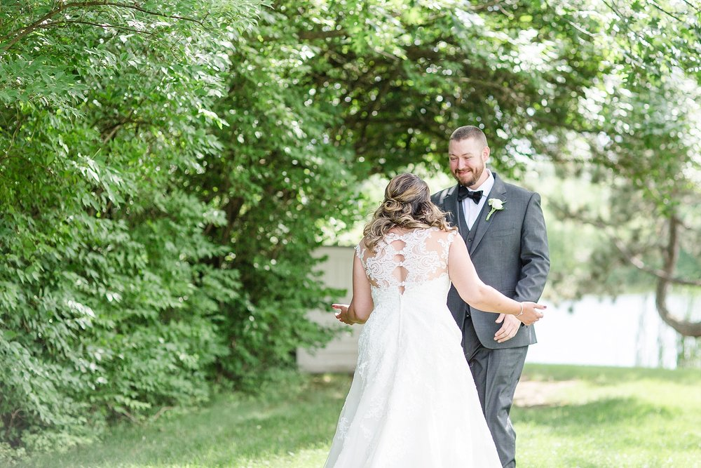 Michelle_Joy_Photography_Waters_Edge_Wedding17.jpg