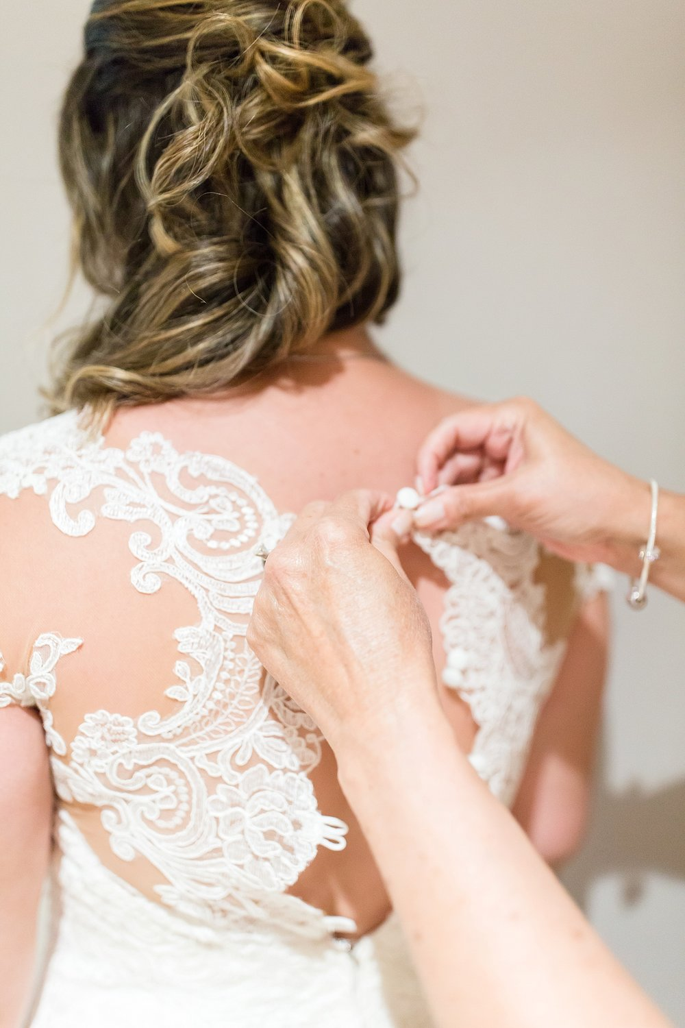 Michelle_Joy_Photography_Waters_Edge_Wedding16.jpg
