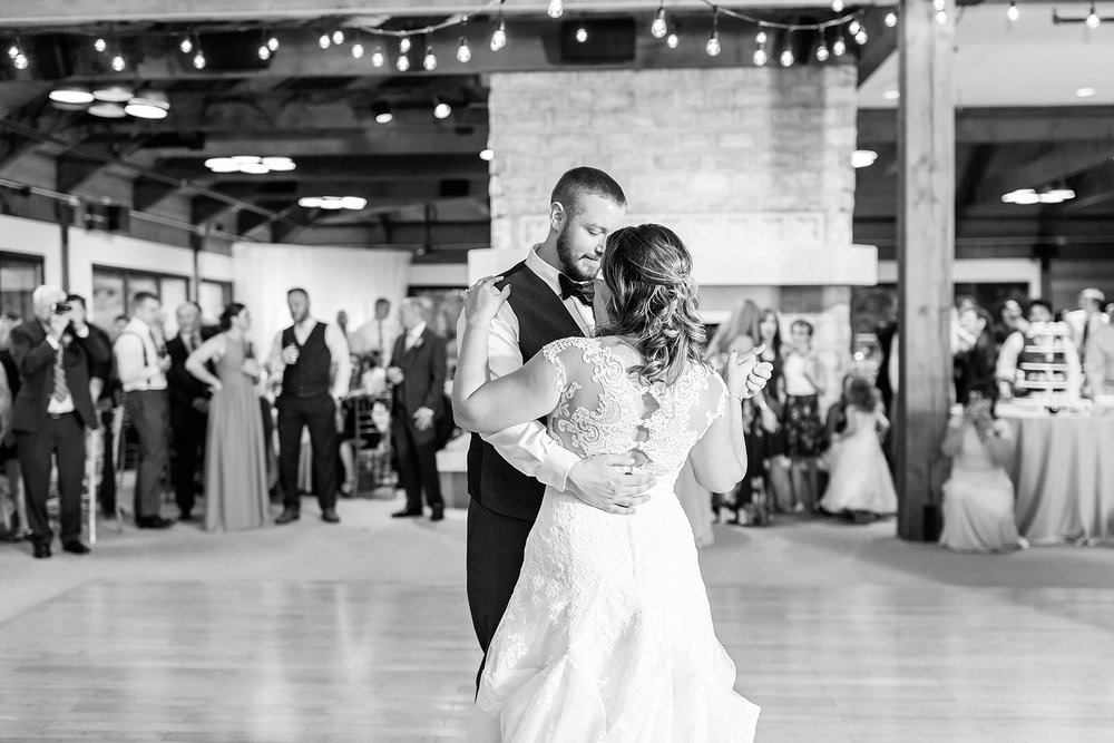 Michelle_Joy_Photography_Waters_Edge_Wedding68.jpg