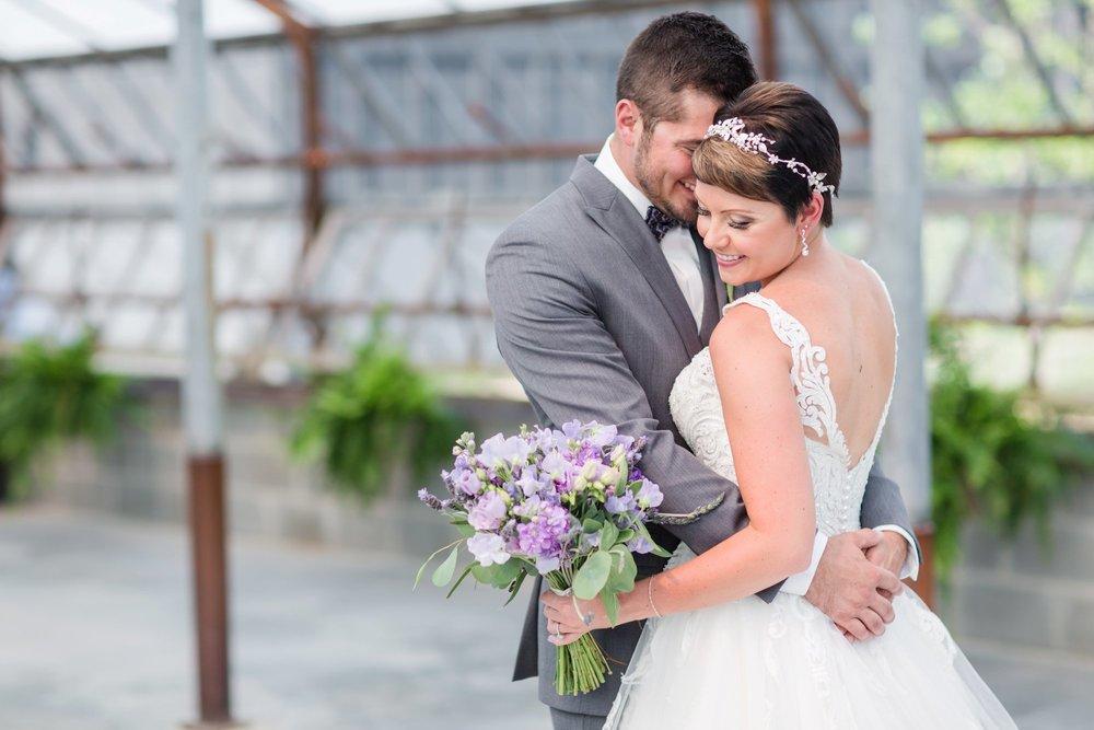 Michelle_Joy_Photography_Jorgensen_Oak_Grove_Wedding_19.jpg