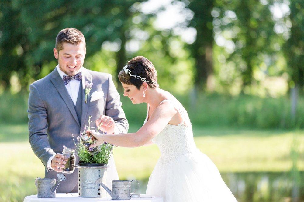 Michelle_Joy_Photography_Jorgensen_Oak_Grove_Wedding_42.jpg