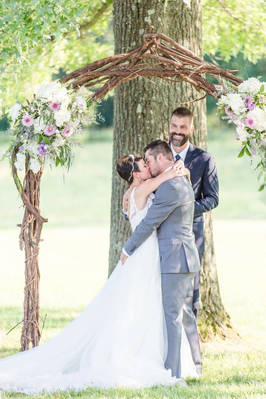 Michelle_Joy_Photography_Jorgensen_Oak_Grove_Wedding_43.jpg