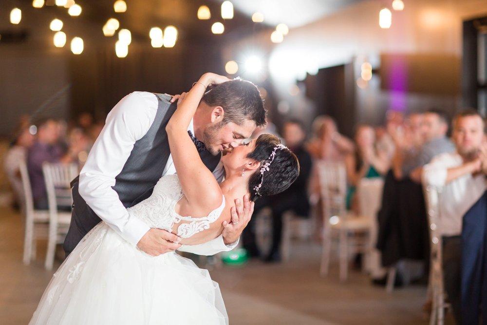 Michelle_Joy_Photography_Jorgensen_Oak_Grove_Wedding_76.jpg