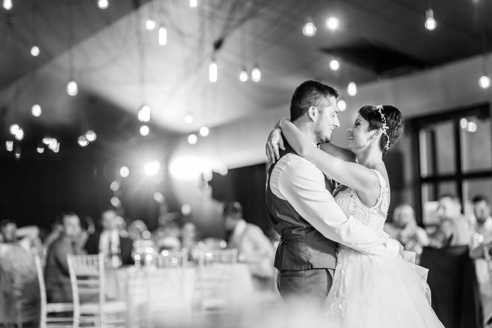 Michelle_Joy_Photography_Jorgensen_Oak_Grove_Wedding_78.jpg