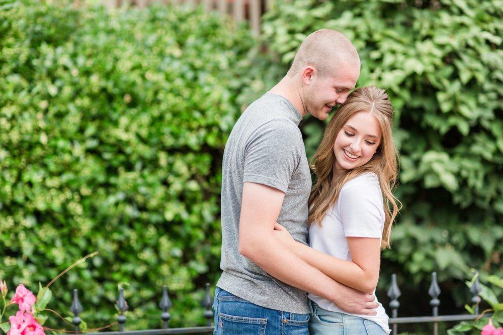 Michelle_Joy_Photography_German_Village_Engagement9.jpg