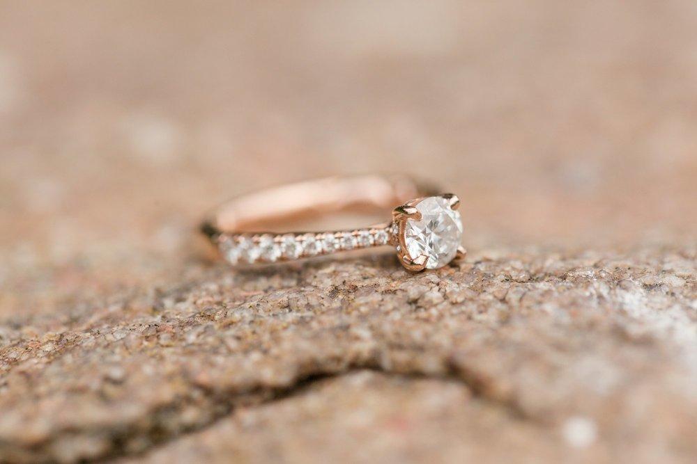 Michelle_Joy_Photography_German_Village_Engagement15.jpg