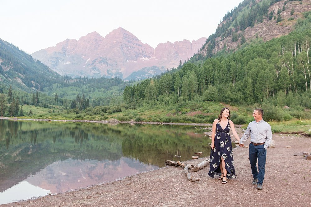 Michelle_Joy_Photography_Destination_Colorado_Engagement_Maroon_Bells_1.jpg