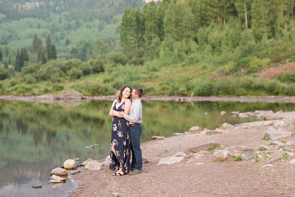 Michelle_Joy_Photography_Destination_Colorado_Engagement_Maroon_Bells_3.jpg