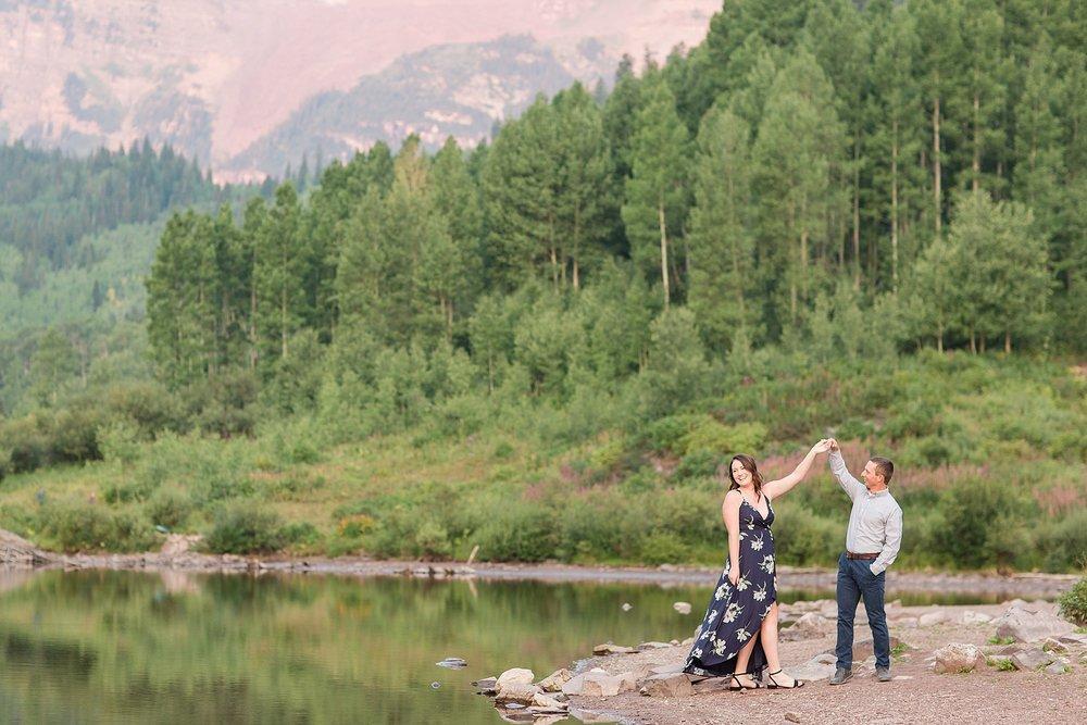 Michelle_Joy_Photography_Destination_Colorado_Engagement_Maroon_Bells_6.jpg