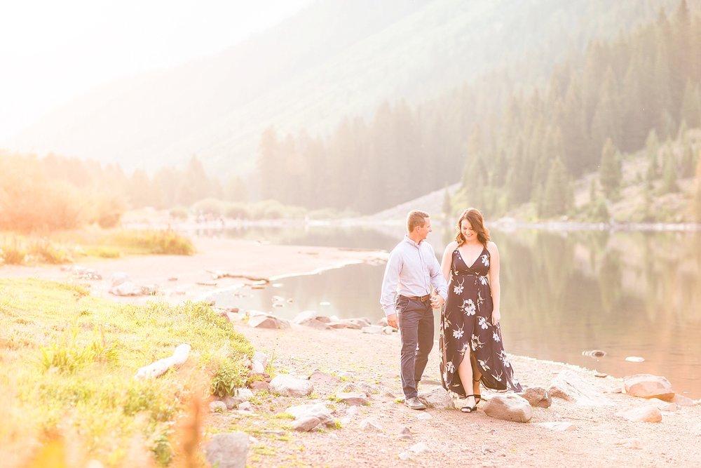 Michelle_Joy_Photography_Destination_Colorado_Engagement_Maroon_Bells_21.jpg
