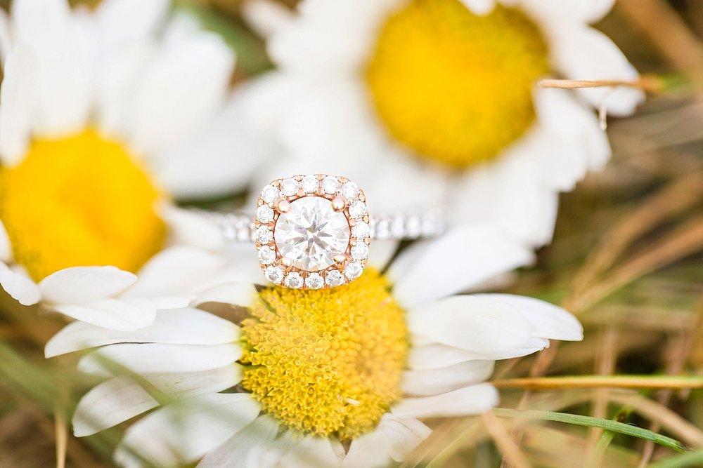 Michelle_Joy_Photography_Destination_Colorado_Engagement_Maroon_Bells_29.jpg