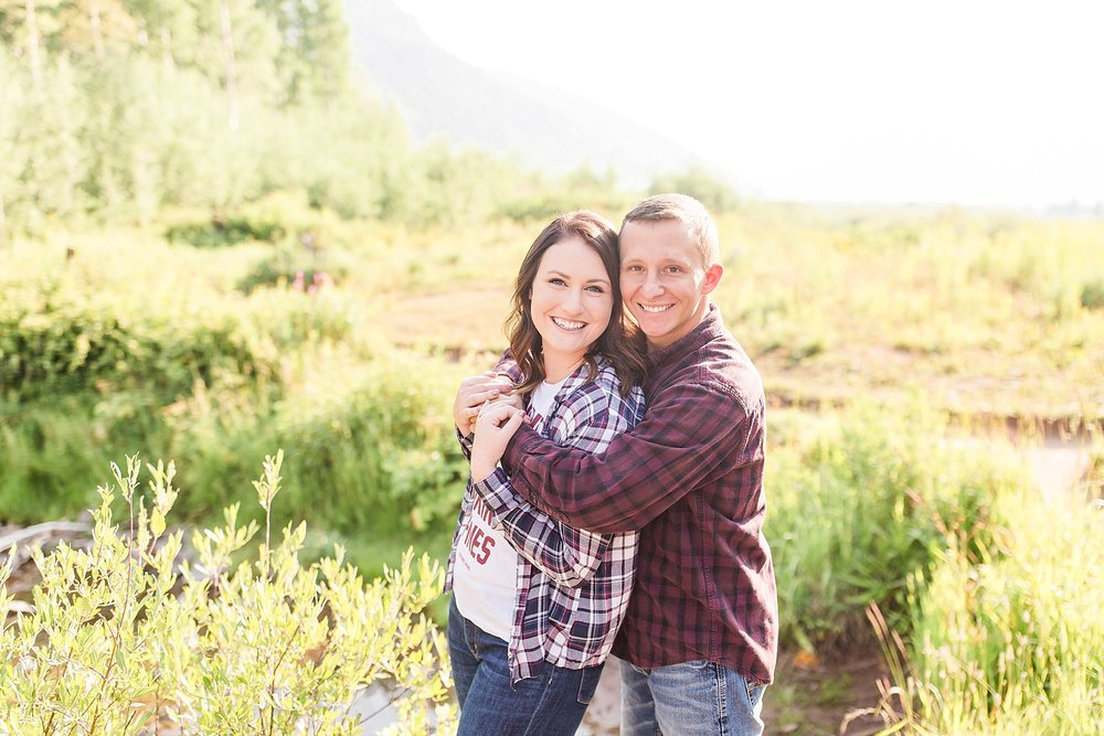 Michelle_Joy_Photography_Destination_Colorado_Engagement_Maroon_Bells_31.jpg