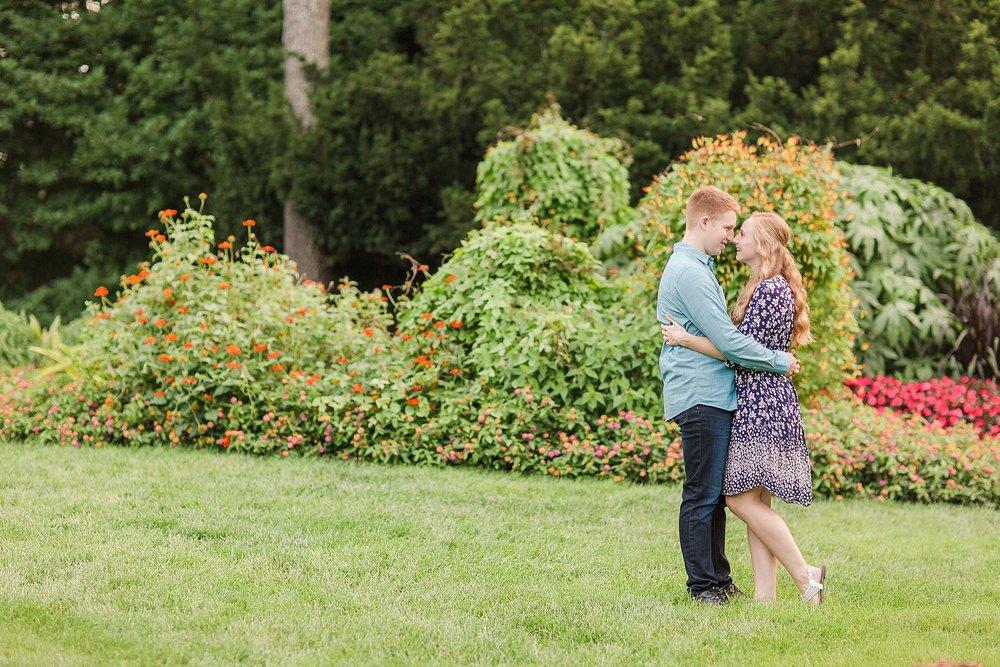 Michelle_Joy_Photography_Columbus_Engagement_Inniswood_Metro_Gardens15.jpg
