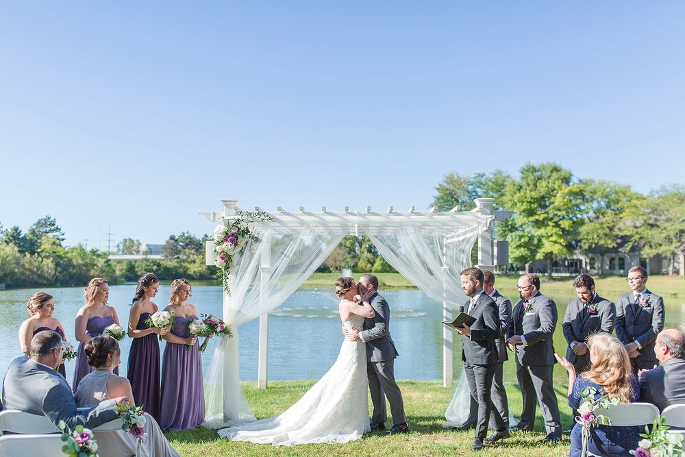 Michelle_Joy_Photography_Columbus_Wedding_Waters_Edge_35.jpg