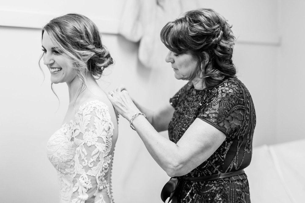 Michelle_Joy_Photography_Dayton_Art_Institute_Fine_Art_Wedding_10.jpg