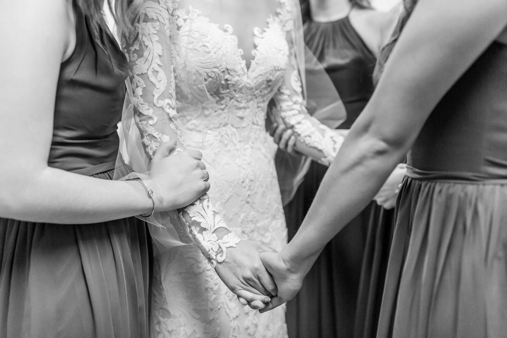 Michelle_Joy_Photography_Dayton_Art_Institute_Fine_Art_Wedding_19.jpg