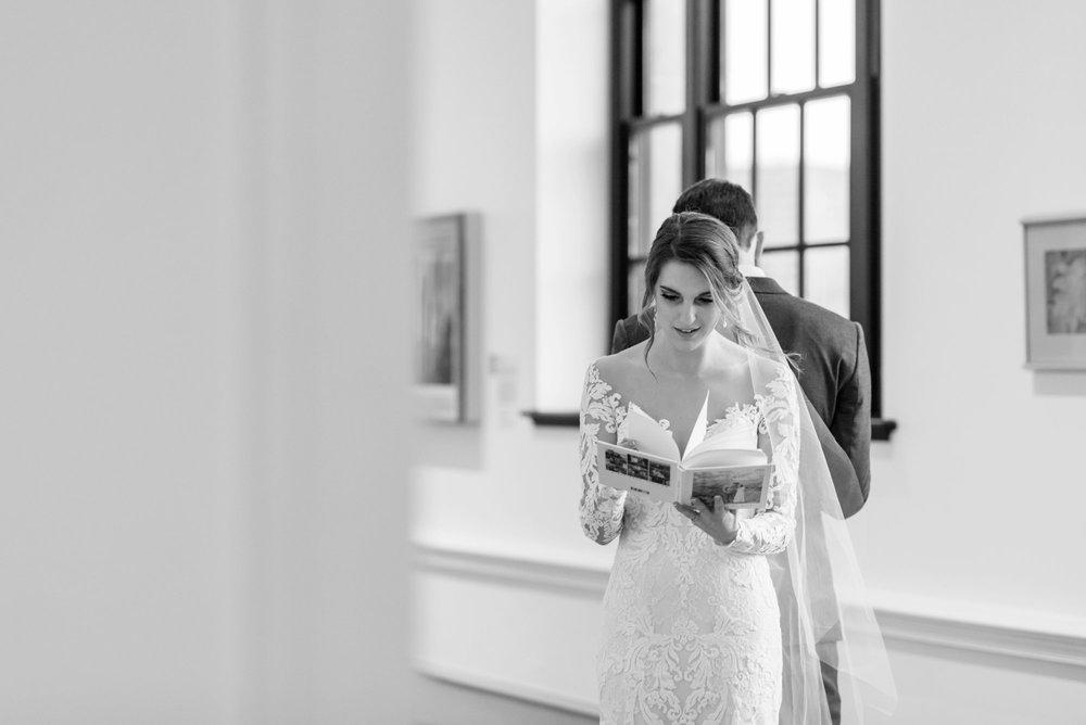 Michelle_Joy_Photography_Dayton_Art_Institute_Fine_Art_Wedding_24.jpg