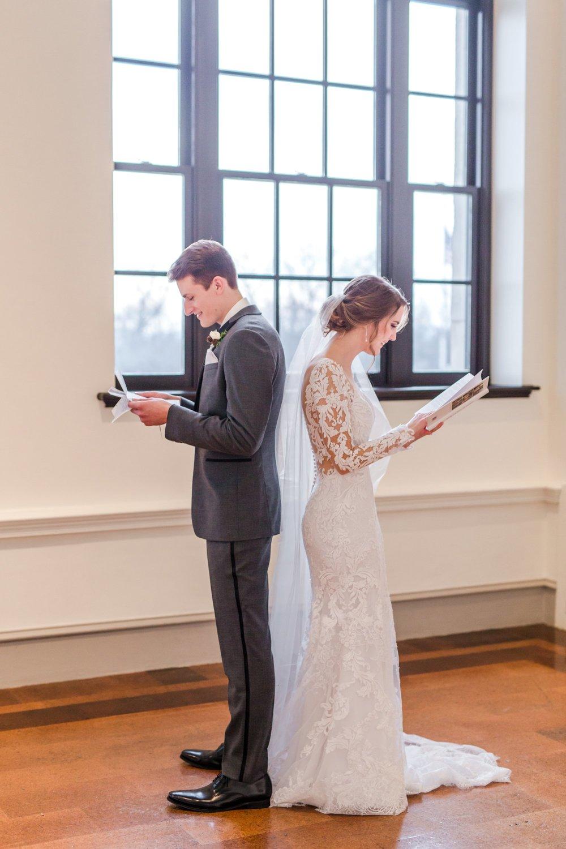 Michelle_Joy_Photography_Dayton_Art_Institute_Fine_Art_Wedding_25.jpg