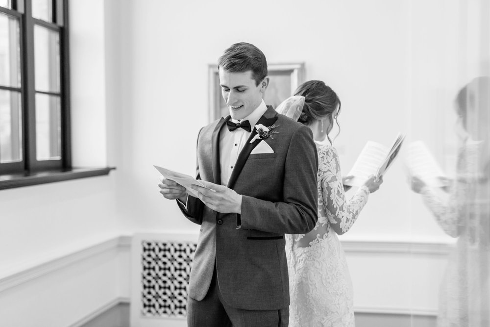 Michelle_Joy_Photography_Dayton_Art_Institute_Fine_Art_Wedding_28.jpg