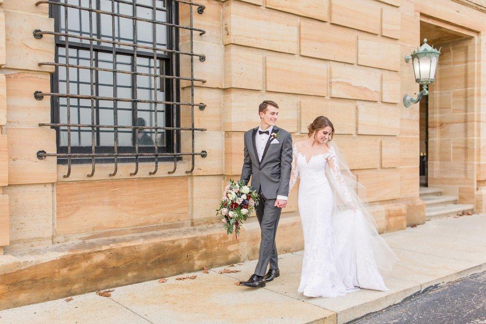 Michelle_Joy_Photography_Dayton_Art_Institute_Fine_Art_Wedding_43.jpg
