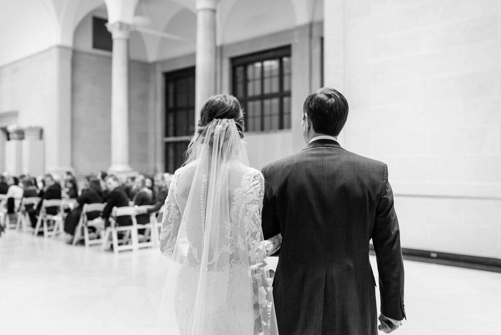 Michelle_Joy_Photography_Dayton_Art_Institute_Fine_Art_Wedding_70.jpg