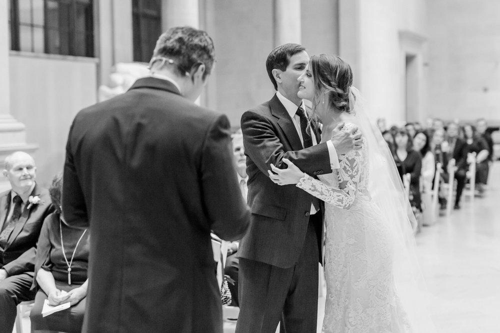Michelle_Joy_Photography_Dayton_Art_Institute_Fine_Art_Wedding_72.jpg