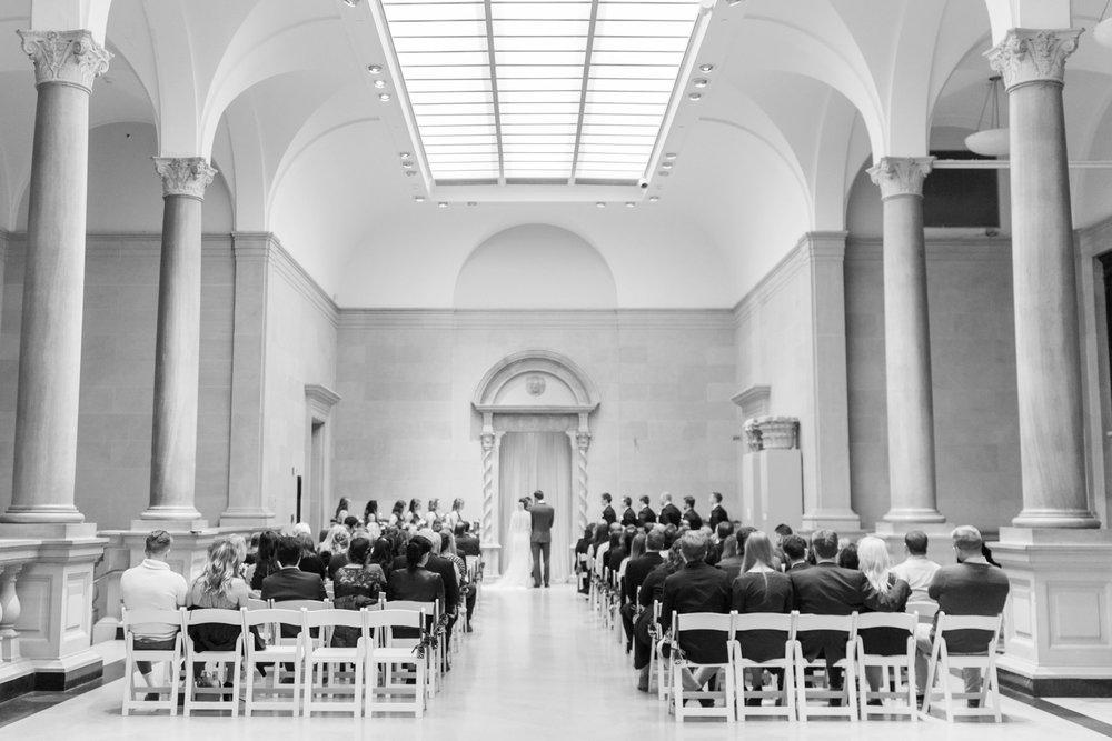 Michelle_Joy_Photography_Dayton_Art_Institute_Fine_Art_Wedding_73.jpg