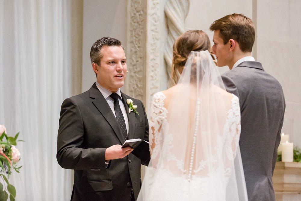 Michelle_Joy_Photography_Dayton_Art_Institute_Fine_Art_Wedding_74.jpg