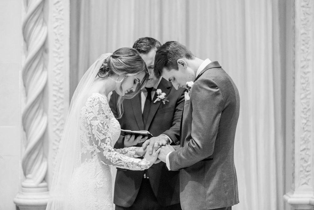 Michelle_Joy_Photography_Dayton_Art_Institute_Fine_Art_Wedding_77.jpg