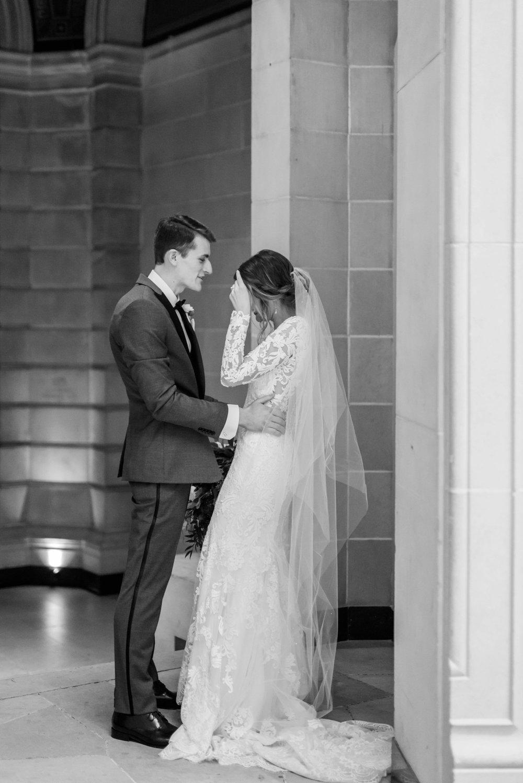 Michelle_Joy_Photography_Dayton_Art_Institute_Fine_Art_Wedding_80.jpg