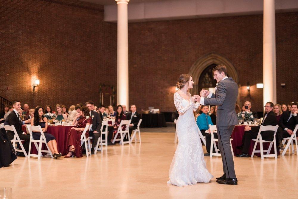 Michelle_Joy_Photography_Dayton_Art_Institute_Fine_Art_Wedding_91.jpg