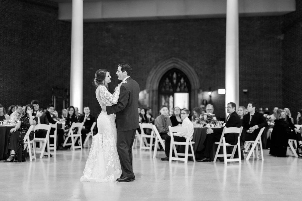 Michelle_Joy_Photography_Dayton_Art_Institute_Fine_Art_Wedding_93.jpg