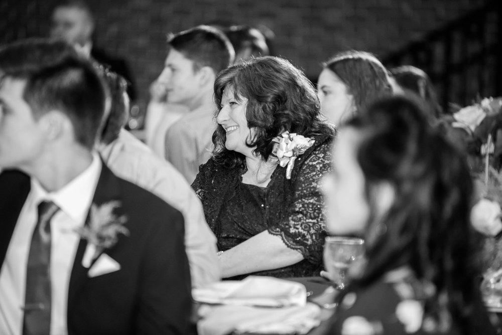 Michelle_Joy_Photography_Dayton_Art_Institute_Fine_Art_Wedding_100.jpg