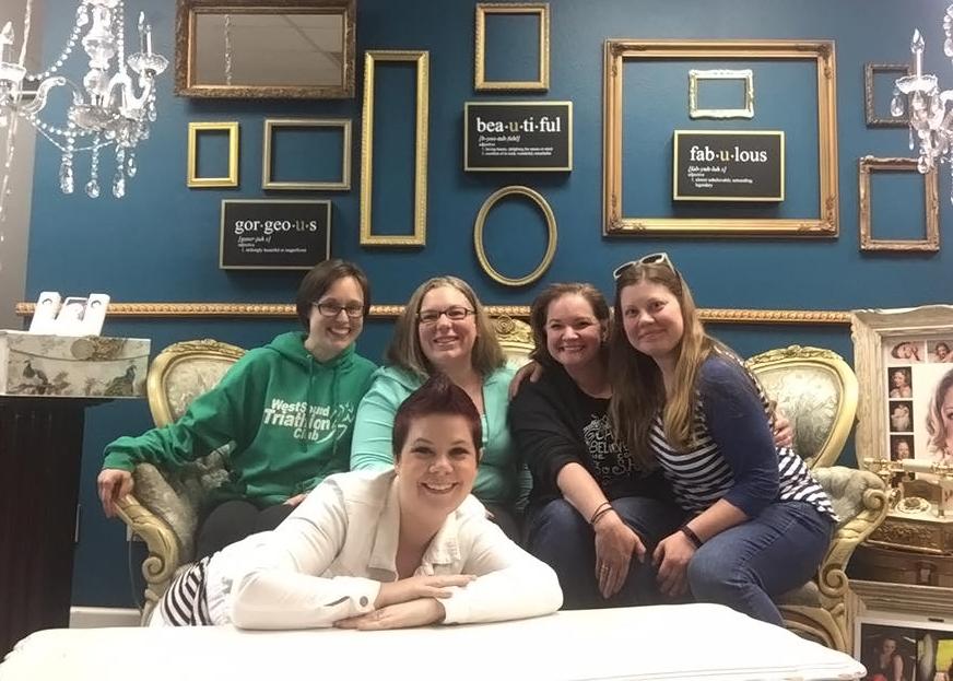 Amanda, Carrie, Chantal, Amber (Elaine front)