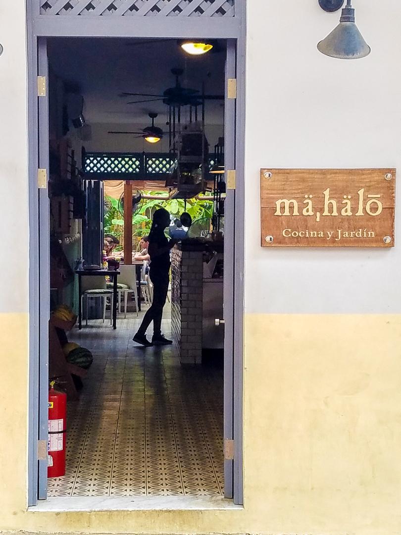 Desayuno at Mahalo