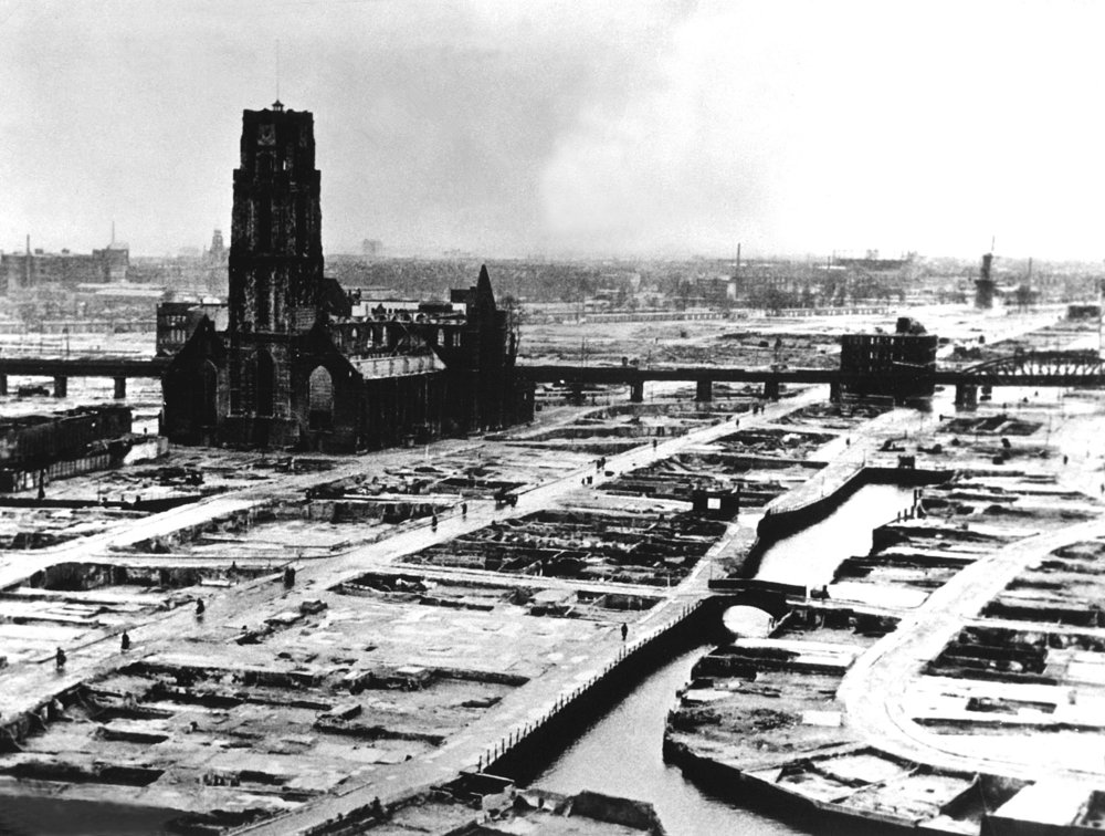 Source: https://en.wikipedia.org/wiki/German_bombing_of_Rotterdam