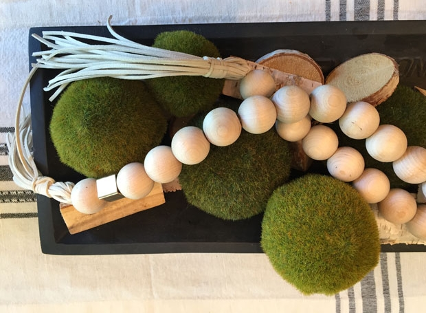 wood-garland-beads-green-balls.JPG