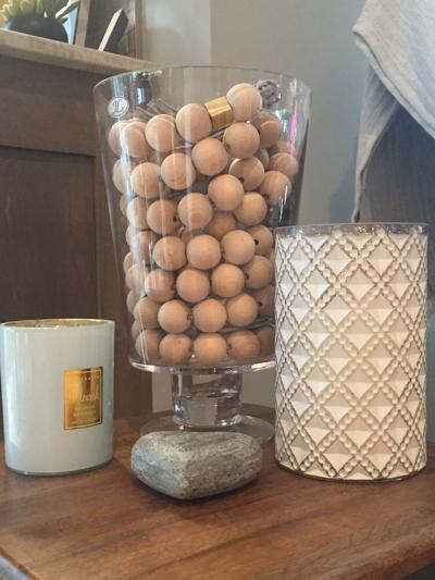 wood-bead-vase-filler.JPG
