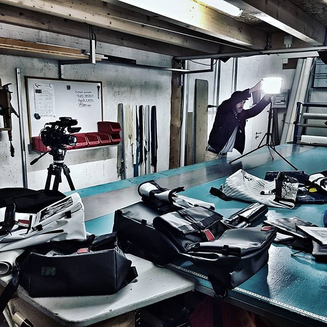 🎥 Atelier dans l'atelier 🛠 @ninejune.swiss . . . . #NineJune #Craft #Imajack #FilmMaking #Producer #Production #Videography #Frame #Set #Creative #Cinema #Movie #Craft #Adobe #Switzerland #MySwitzerland