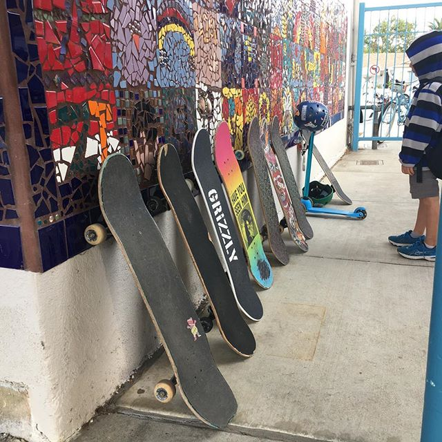 Nice to see some good transportation at an elementary school #skatelife