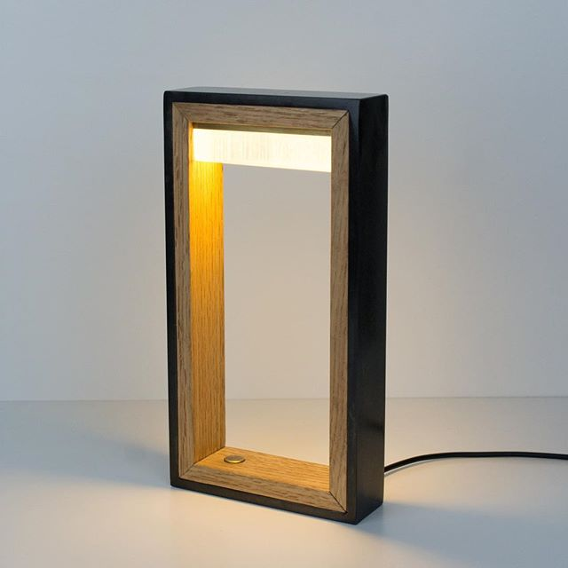 Holiday special going on right now until Dec 10th so you better act fast. This little guy is selling for $395, normally $550! The WS 4.25 is an led table light perfect for bedrooms and living spaces. Touch dimmer allows for mood lighting and has a 2 year warranty.  100% hand made in California.  Order at papaydesigns.com  #interiordesign #interiordesigner #lighting #tablelamp #led #design #lamp #lights #productdesign #product #madehere #steel #whiteoak #modern #style
