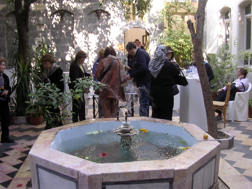 2.courtyard-aleppo-art-gallery.jpg
