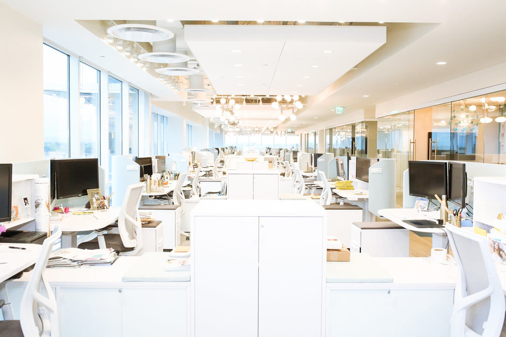 Create & Cultivate an exclusive look inside Kendra Scott Headquarters