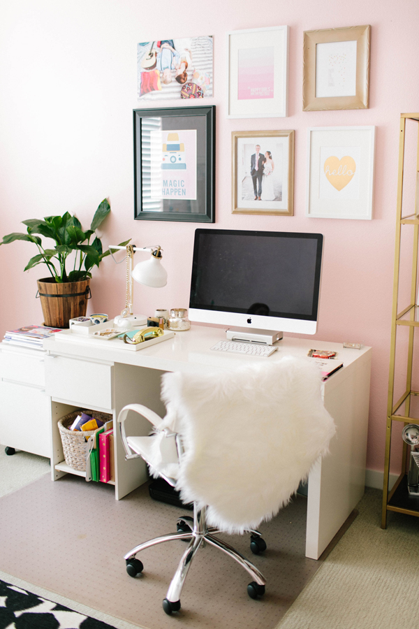 girly-office1.jpg