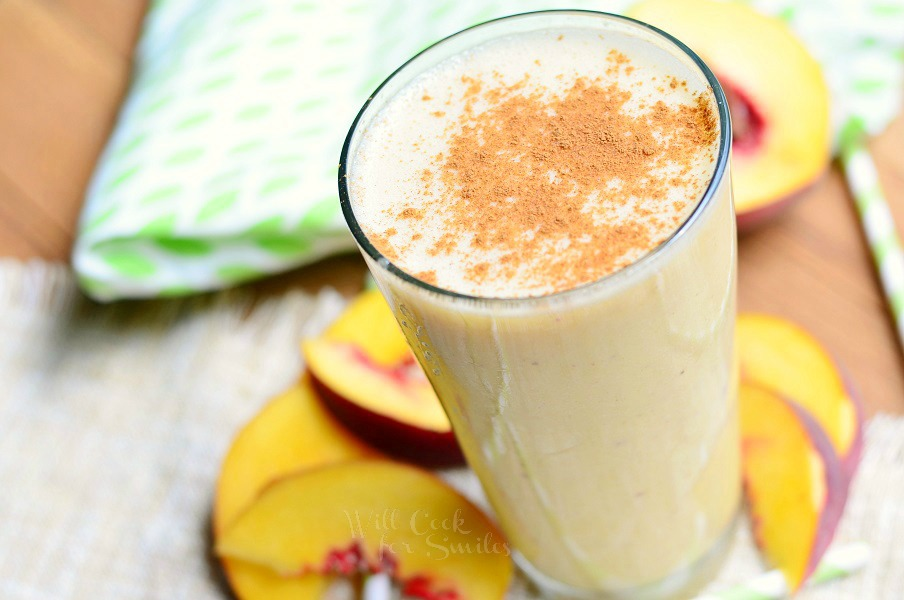 Vegan Breakfast Recipes: Peaches and Cream Smoothie