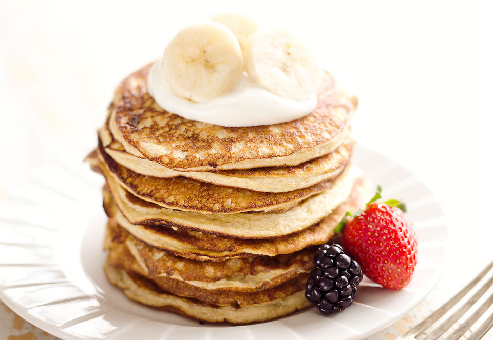 Light-Fluffy-Banana-Protein-Pancakes-6.jpg