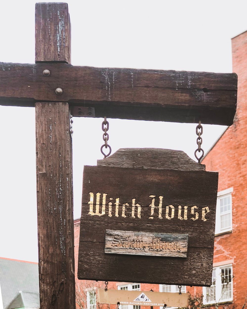 Salem, Massachusetts Travel Guide: Witch House Sign